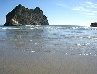 南島最北端のビーチ~コリンウッドで昼食~モトゥエカで再会