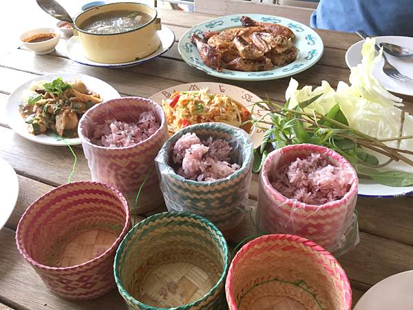 カオヤイご案内1 ムエタイとイサーン料理とカフェ