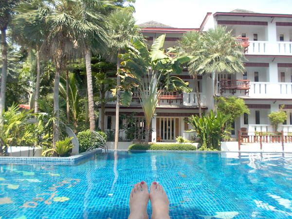 タオ島に到着 ホテルのプールでまったり