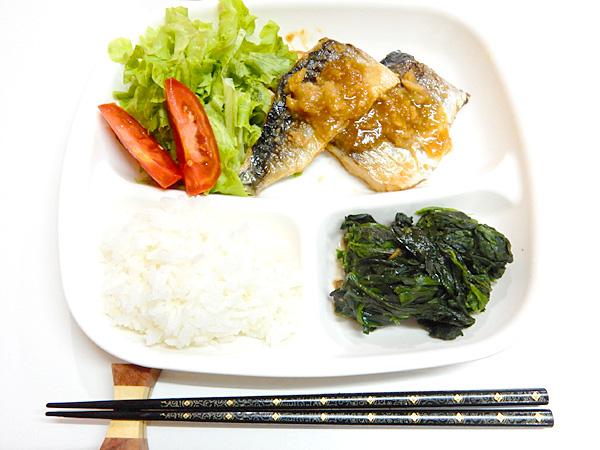 スーパーで日本の鯖発見! 鯖の味噌煮を作りました
