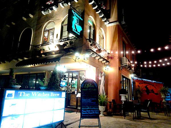 ウィッチズ・ブリュー カオヤイで1位の小さなレストラン