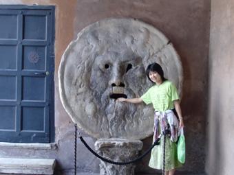 ローマの長い一日 真実の口、パンテオン、ビーチパーティ
