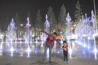 ピーチで釜山へ 楊亭駅近くの噴水ショーが綺麗