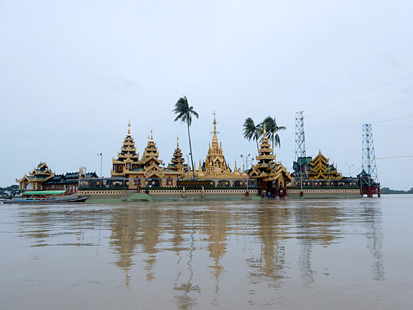 ヤンゴン観光2 タニンとチャウタン