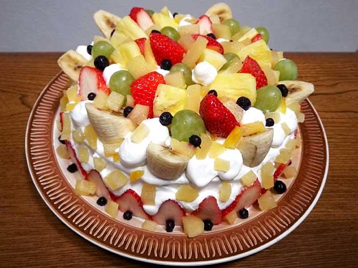 2019年も手作りクリスマスケーキ フルーツたっぷりのケーキ