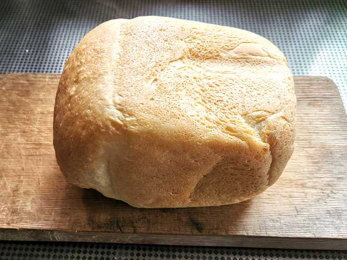 焼き立てパン