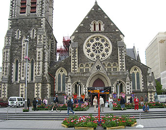 クライストチャーチのフラワーフェスティバル、シティーワイナリー、教会