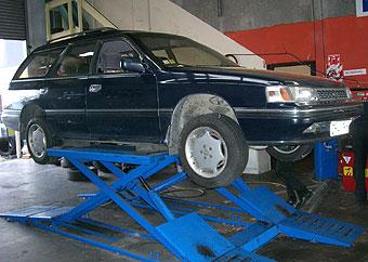 オイル&タイヤ交換 3000km走ったタイヤはワイヤーが出ていた…
