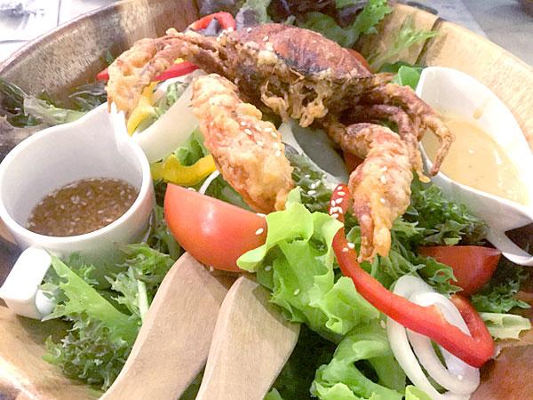 ルークカイ カオヤイでソフトシェルクラブが超おいしいレストラン