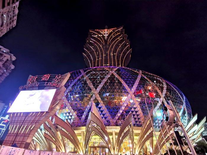 関空からピーチで香港へ行き、バスでマカオへ 夜のマカオ半島観光