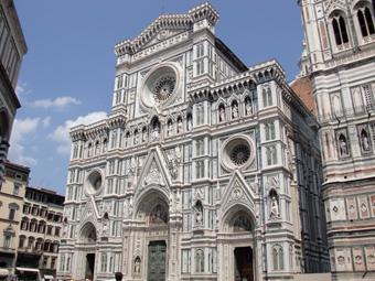 フィレンツェ観光 ウフィッツィ美術館、ドゥオモ、教会