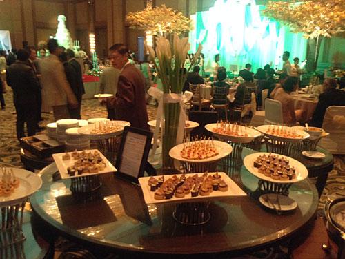 タイの結婚式1 豪華で食事も超おいしい!