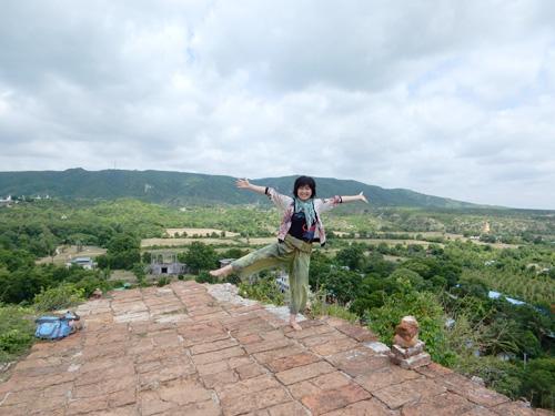 ミングォン・マンダレー観光 ミングォン・パヤー、マハムニ・パヤー、王宮
