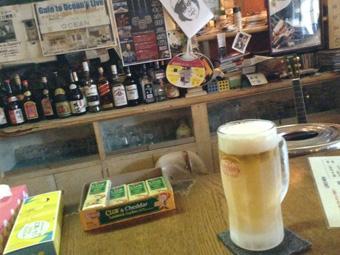 コザこと沖縄市に行くも雨 行き所なく昼も夜もビール