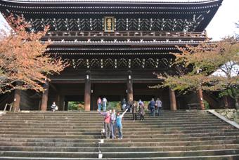 沖縄→京都 御所、法念院、真如堂、知恩院、銀閣寺、伏見稲荷